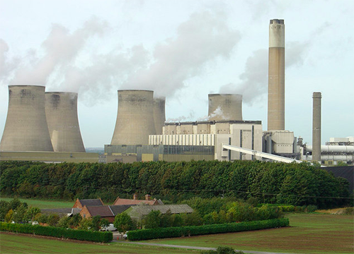 """Trial collapses because Mark Kennedy / Stone offers to give evidence on behalf of the environmental campaigners he infiltrated who charged with conspiring to shut down Ratcliffe-on-Soar power station in Nottingham in 2009.<br><a href=""""https://www.bbc.co.uk/news/uk-12148753"""" target=""""blank"""" rel=""""noopener noreferrer"""">[ MORE DETAILS ]</a>"""